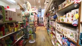 Kidding Around Toy Store in New York NY for Playtoy and Hot Toys
