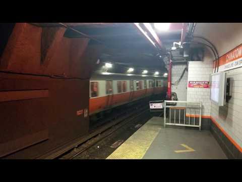 MBTA Orange Line outbound at Chinatown station