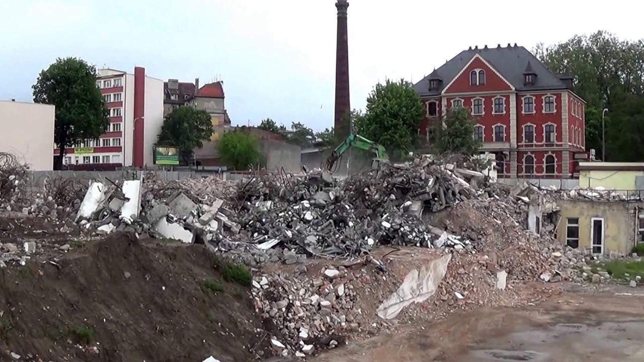 Rozbierają basen Astorii Bydgoszcz Stan na 24.05.2015