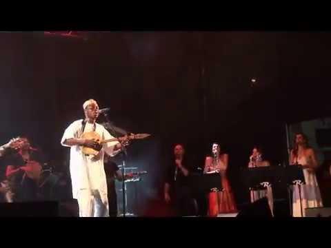 """Orchestra popolare NdT & Ludovico Einaudi, """"Tonio Yima/ Rirollallà"""" - Bari, 30 giugno 2012"""