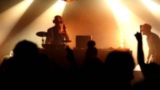 Tambour Battant - Shake (remix) @Le Confort Moderne
