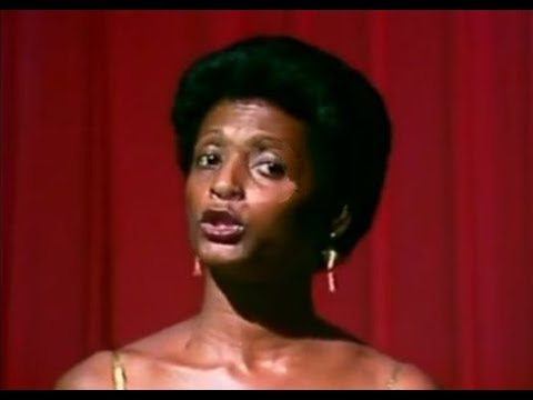 Sylvanise Pépin - Un mari un amant un ami ( CLIP ORIGINAL ) 1980