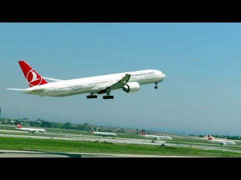 Turkish Airlines Boeing 777-3 take off Istanbul Ataturk Airport