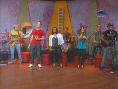 Banda Canal da Graça - Música: Nasci Pra Ser Feliz - Ao Vivo no Programa Point 21 - TV Século 21