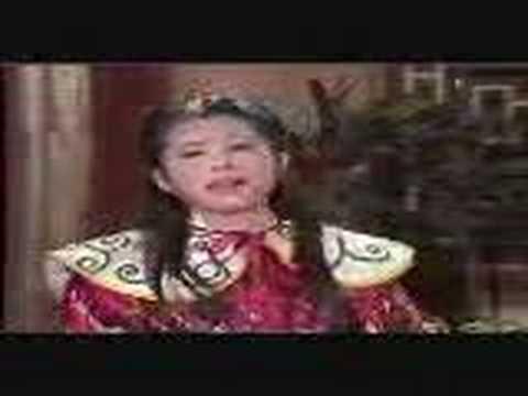 Chiec Ho Phu 2
