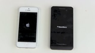Video Apple iPhone 5 vs BlackBerry Z10 - Boot Vergleich download MP3, 3GP, MP4, WEBM, AVI, FLV Juni 2018