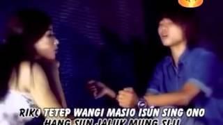 SING DIRESTUI ( CHOKY & ANGGRIT IVANCA )