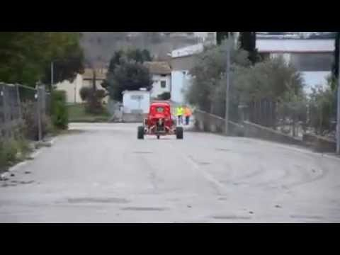 Piaggio Ape Racing - mehr Dampf im Kessel - YouTube