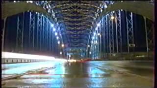 Заставка рекламы (Первый канал, январь 2002)Город(Источник:http://video.yandex.kz/users/grishailyashev/view/1516/, 2014-02-03T08:29:01.000Z)