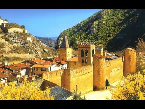 Salers 39 les plus beaux villages de france 39 doovi - Villefranche de conflent office de tourisme ...