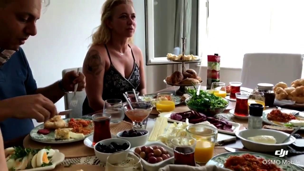 НАСТОЯЩАЯ ТУРЕЦКАЯ КУХНЯ (Завтрак по-турецки) WWW.GİDSTAMBUL.COM