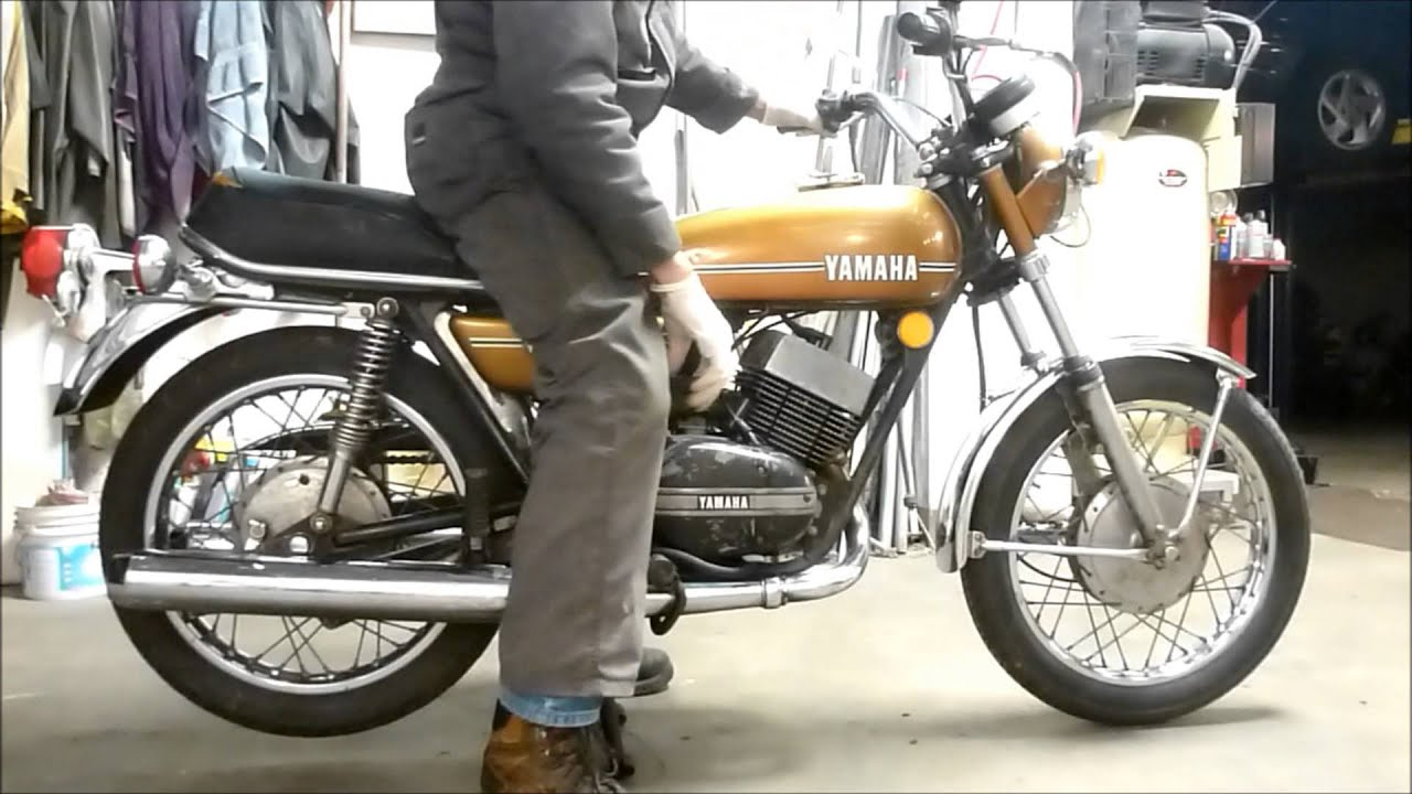 1974 Yamaha Rd250 Two Stroke Youtube Racer 2stroke Tz250h Motorcycle Carburetor Diagram And Parts