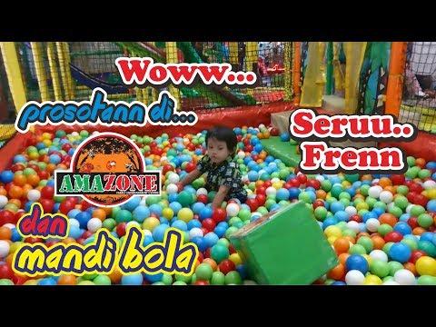 Anak Kecil Bermain Di Playground DI AMAZONE Mandi Bola, Main Mobil, Prosotan | Emyr Bermain Di MOG
