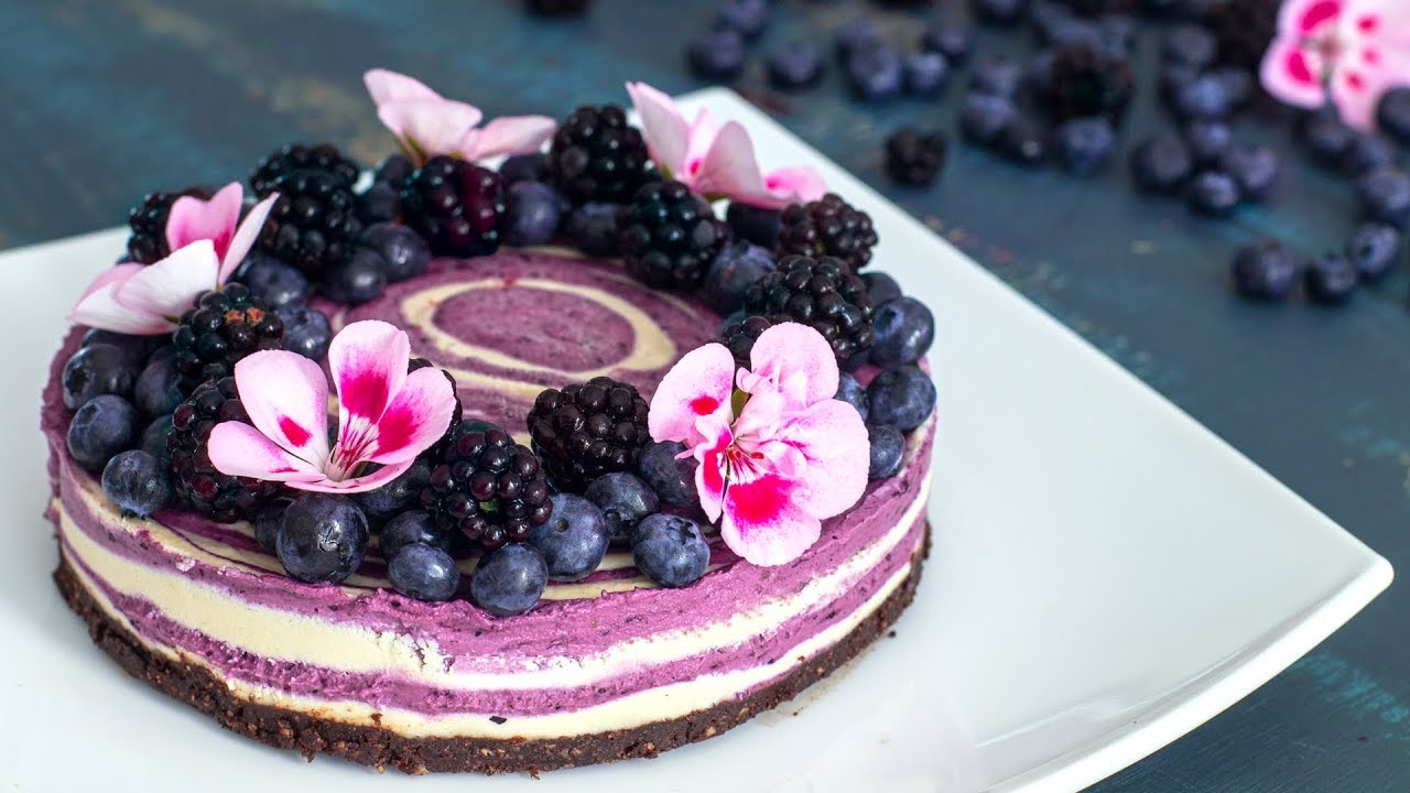 Raw Vegan Blueberry and Blackberry Zebra Cake
