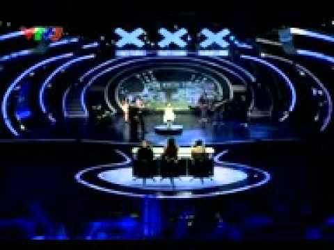 Hãy xem bé Thanh Trúc hát