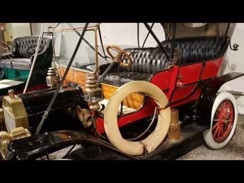 Automobile  Museum. Oshawa Ontario.