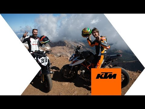 Raw Helicopter Footage from Chris Fillmore's Pikes Peak Run | KTM