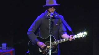 Todd Snider - Play A Train Song & Georgia On A Fast Train (Billie Joe Shaver) Atlanta, GA