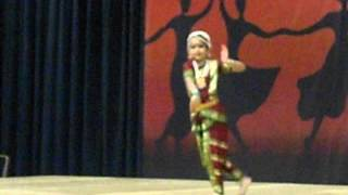 Classical Indian Dance presented by Shreya Sil at the Chicago Travel And Adventure Show 2014
