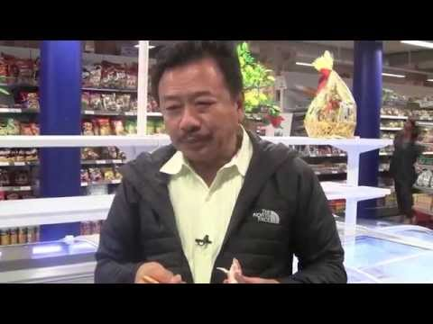 MC VIET THAO- CBL (420)- A FOOD MARKET in OSLO- NORWAY- AUGUST 10, 2015.