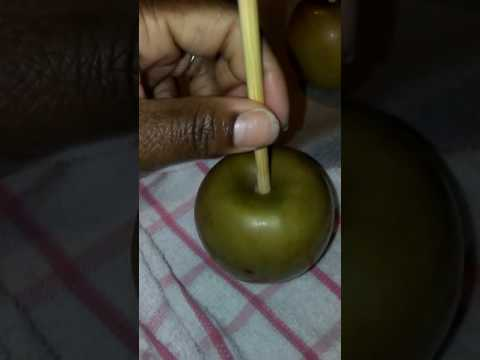 Cleaning Apples Bubble Free Method