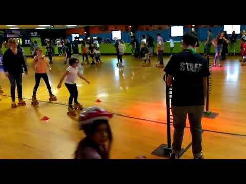 Seattle roller skating limbo