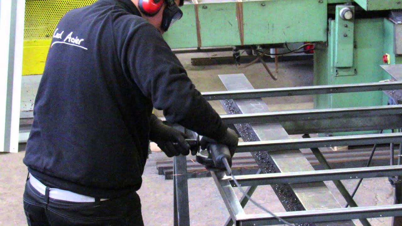 Fabrication et finition de verrieres youtube - Verriere interieure en bois ...