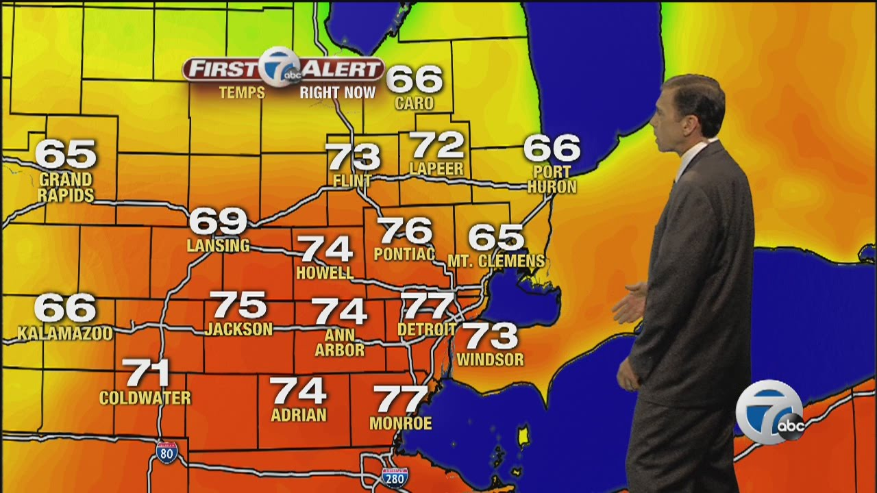 7 First Alert Weather Day Storms Possible Youtube