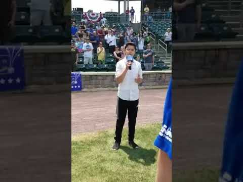 Jewish Ultra-Dox Teen's 'Star Spangled Banner' Performance Brings Chills To Boulders Stadium