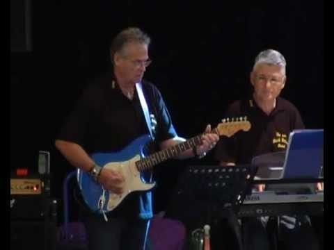 The new Black Bottom Band am 10.11.2012 in der Rhein-Mosel-Halle Koblenz