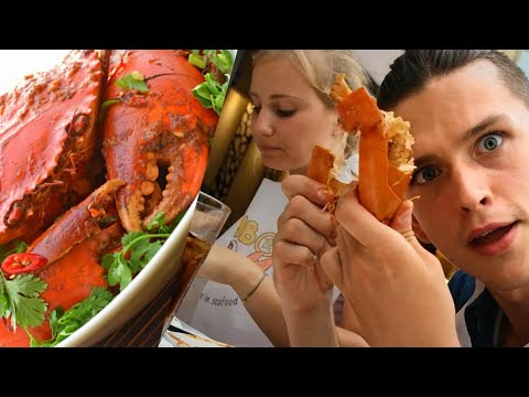 TRYING SINGAPORE CHILLI CRAB FOR THE FIRST TIME ! TRAVEL SINGAPORE