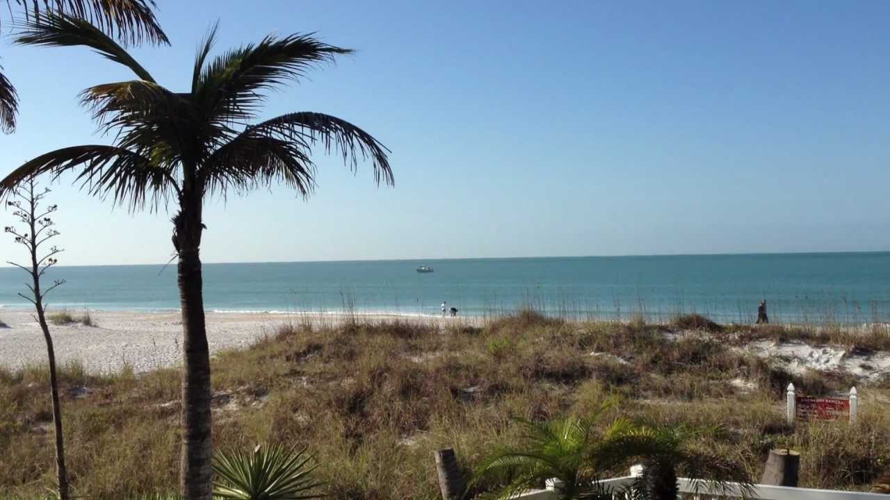 Waves Edge Beach House View Mov