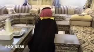 جميع مقاطع عسكر القحطاني ( الربع ) 2016 - قصي الغابر جاب العيد مع شيخ القبيله ؟
