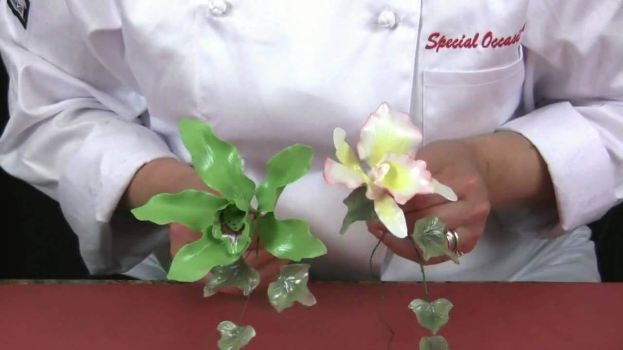 How To Make Sugar Paste Flowers For Wedding Cakes