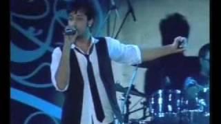 ATIF ASLAM LIVE Bheegi Bheegi Raato Mai(HQ)