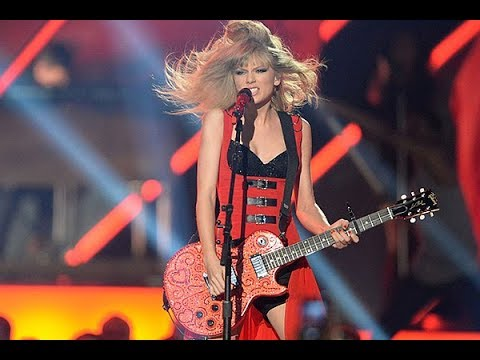 taylor-swift-red-first-performance-2013