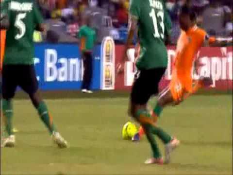 STOPPİLA SUNZU    Zambia  National Team Star   ( Center Defensive player )