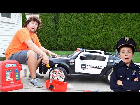 The broken police car, the chase and the Sketchy Mechanic epic silly kids video