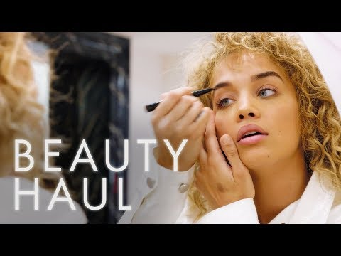 We Gave Jasmine Sanders $150 and 30 Minutes to do Her Makeup. This is her Golden Barbie Beauty Haul! thumbnail