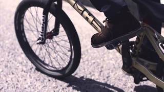 Azul- Empty Hollow -Official Video