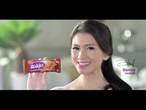 """Biskies Munchy's TVC - """"Balance itu Enak"""" By Fortune Indonesia Advertising Agency in Jakarta"""