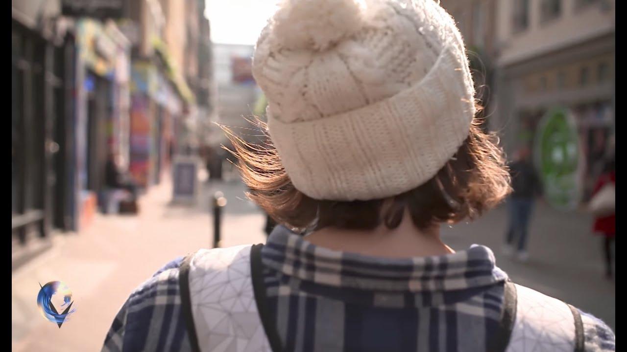 The children seeking cosmetic surgery on their vaginas - BBC News