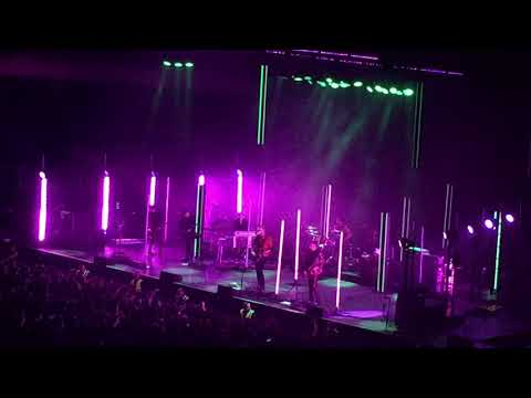 """Queens Of The Stone Age : """"Hangin' Tree"""" (feat. Alain Johannes)-Movistar Arena 21/02/2018"""
