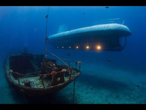 Atlantis Submarine Tour in Maui, HI.