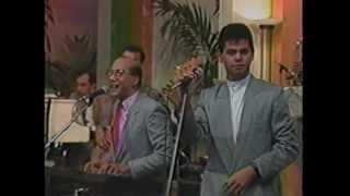 DIONI FERNANDEZ (video 90's) - Los Diseñadores & Cal y Arena - MERENGUE CLASICO