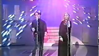 Tom Van Landuyt with Sam Brown - Standing In My Light (Live)