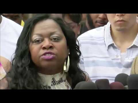 Philando Castile's mother reacts to verdict