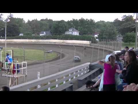 Upper Iowa Speedway Feature 6/27/15
