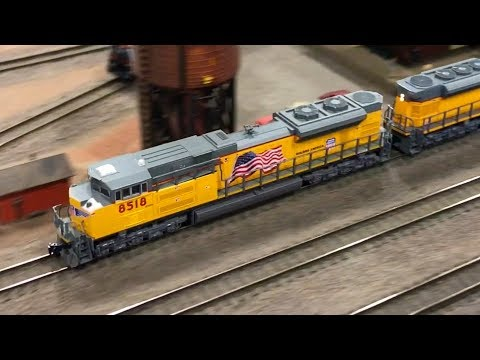 N SCALE TRAIN LAYOUT AT THE COSTA MESA TRAIN SHOW 2018!