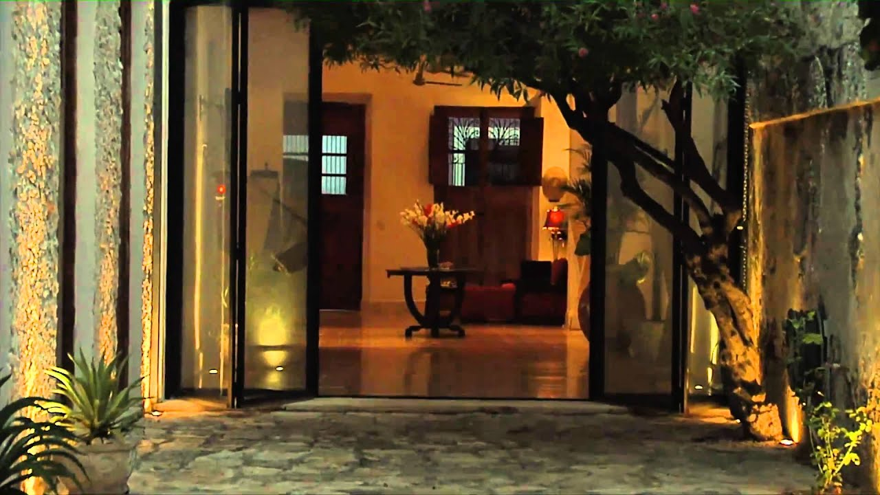 Casablanca Living Luxury Property Rental, Merida, Yucatan, Mexico - Night  Time Video